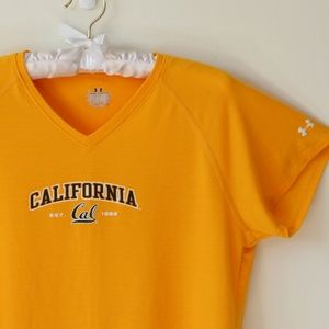 Fitted Cal V-Neck Tee